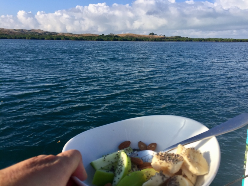 Breakfast Momi Bay